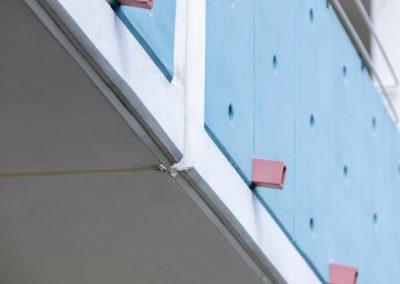 """Balkonsanierung Hochhaus """"Neptun"""" Detail Tropfkante"""